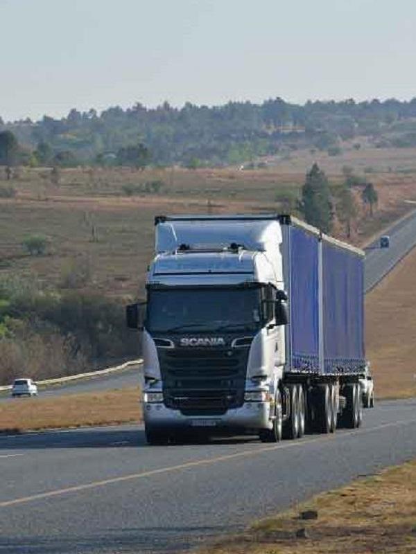 Los fabricantes de camiones reacios a reducir emisiones