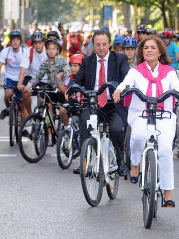 Los colegios madrileños del proyecto STARS celebran el Día Sin Coches con un paseo en bicicleta