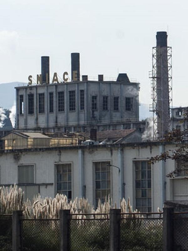Comité de Sniace desmiente a los ecologistas sobre vertidos de la empresa
