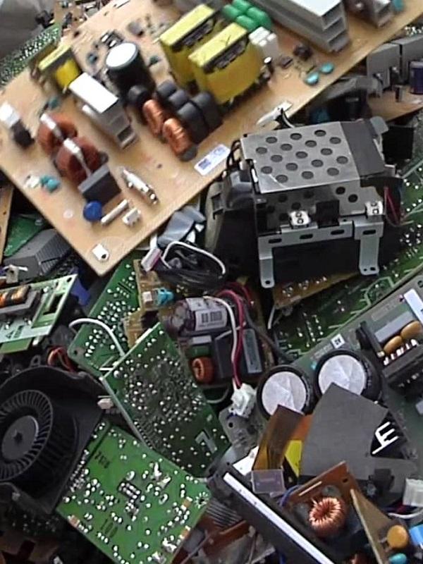 La Diputación de Cádiz ofrece formación a técnicos municipales para la gestión de residuos de aparatos eléctricos
