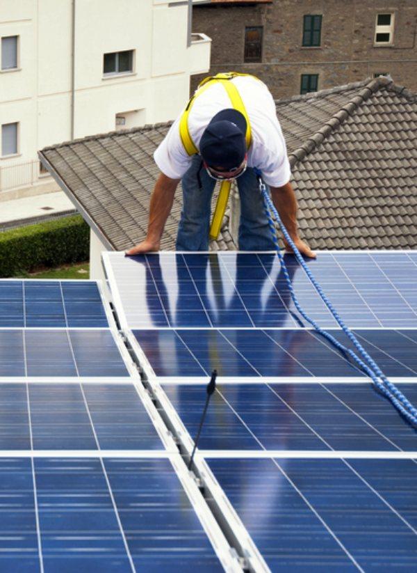 El Gobierno premia a las empresas que generen menos CO2