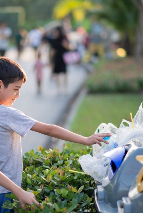 SOGAMA promueve: 'El reciclaje, tu compañero de viaje'