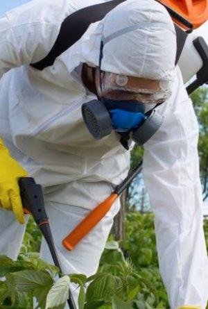 Equo exige la prohibición del herbicida glifosato