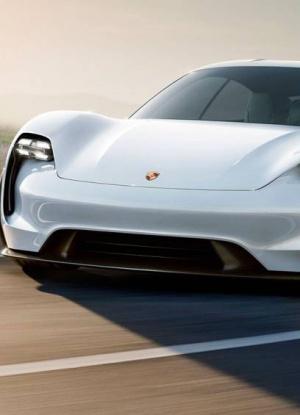 Porsche lanza su primer modelo eléctrico