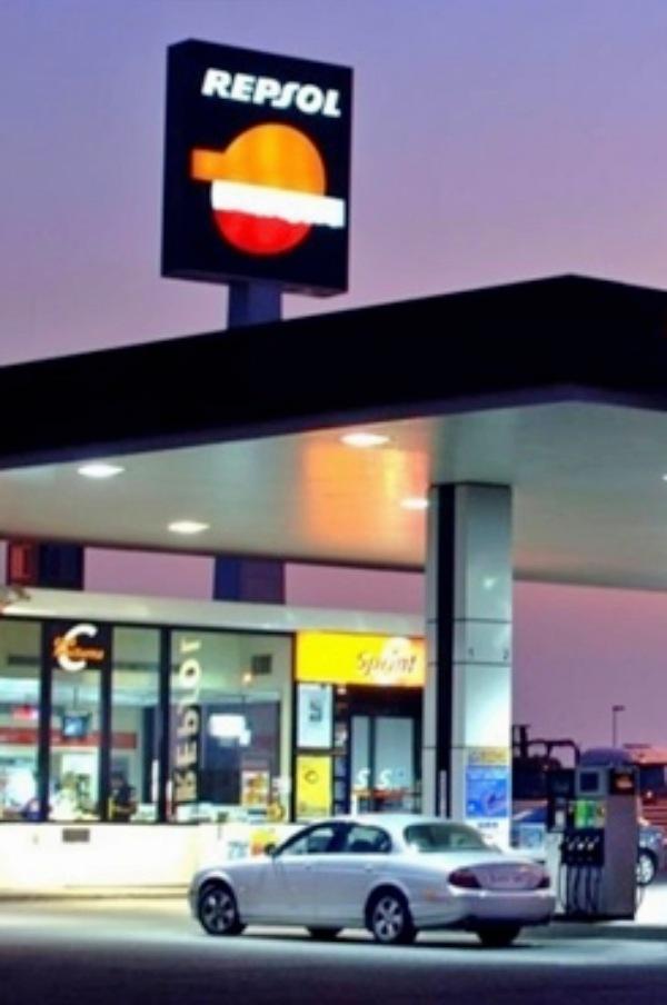A Repsol le encantan los 'combustibles fósiles'