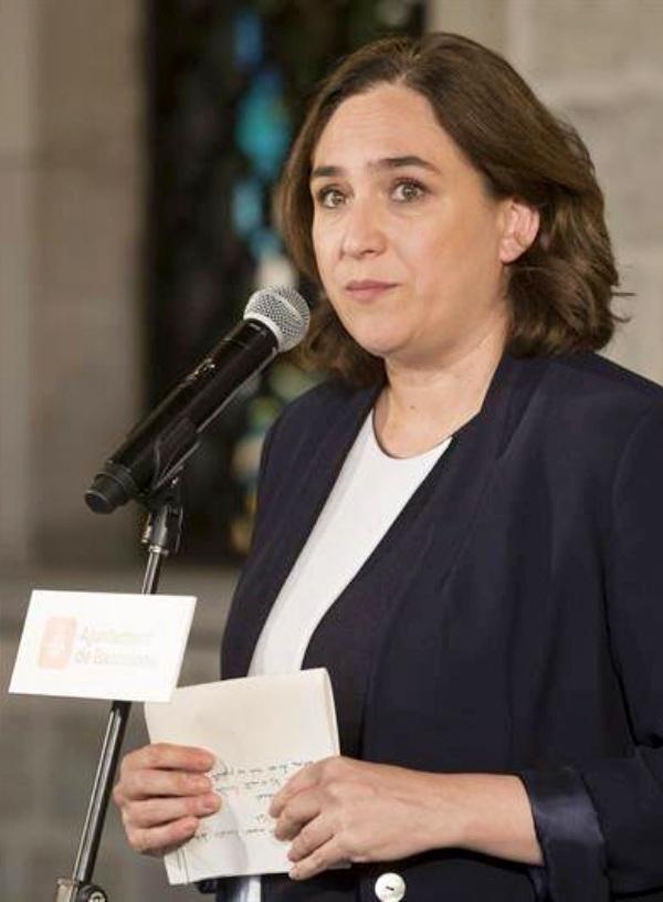 Ada Colau plantea el peaje como solución para disminuir el CO2 en Barcelona