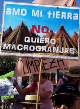 EQUO. Juantxo López de Uralde reclama medidas para reducir la contaminación de los ríos con antibióticos