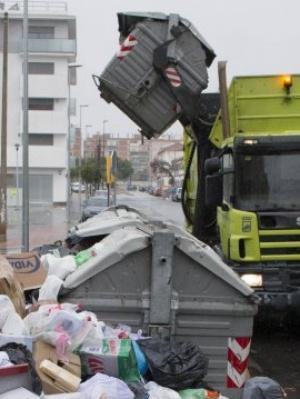 Málaga. Más vehículos para recoger basura