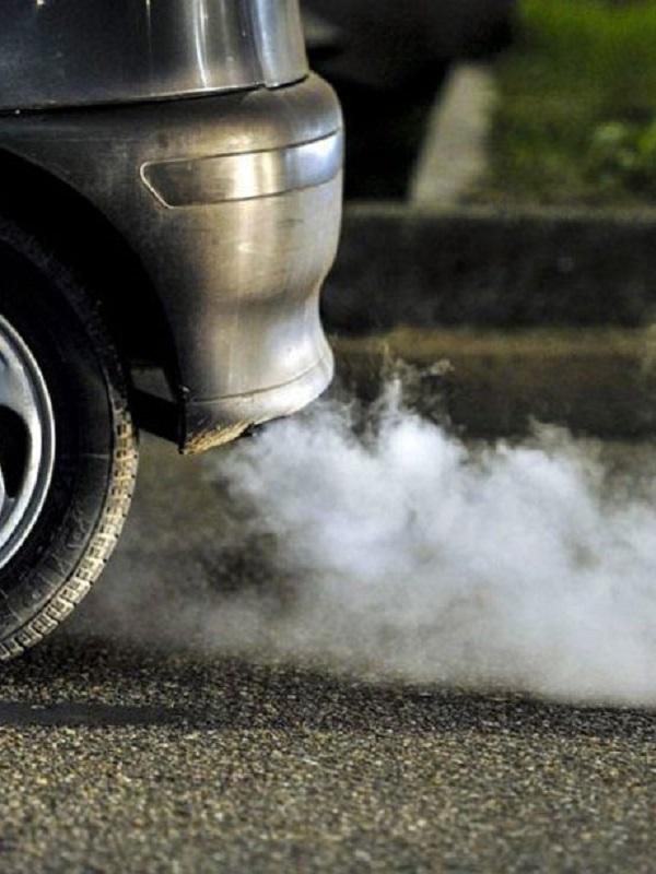 Europa urge a retirar del mercado los coches más contaminantes
