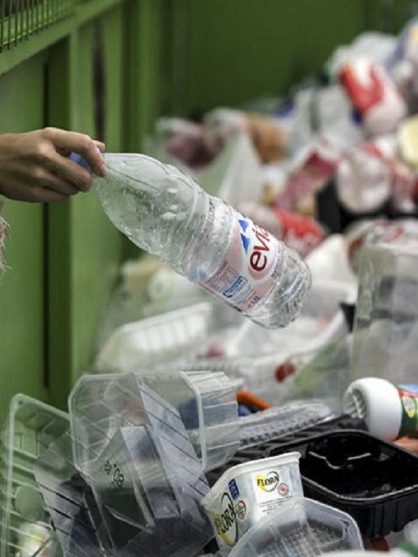 El reciclaje de los envases plásticos en España, al alza