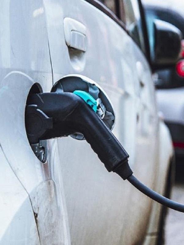 Un 34% de los madrileños tiene intención de comprar un coche eléctrico