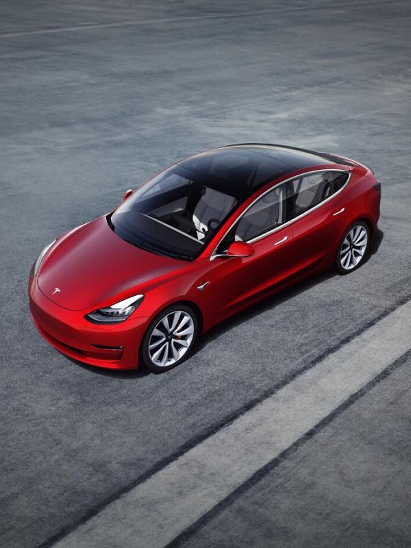 Tesla duplica sus ventas trimestrales