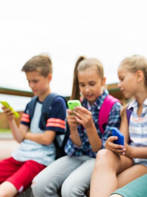 Los nueve mandamientos para que los menores estén menos tiempo frente a las pantallas