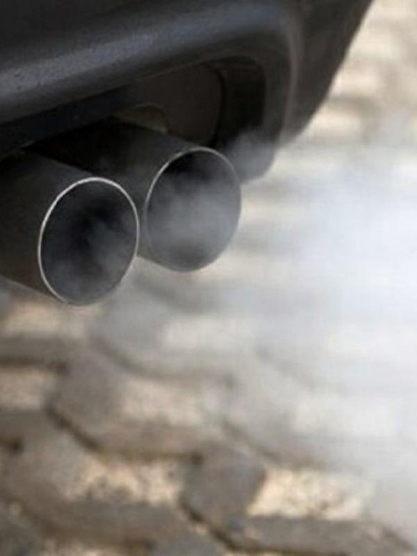 Los más pequeños desarrollan asma por la contaminación del tráfico