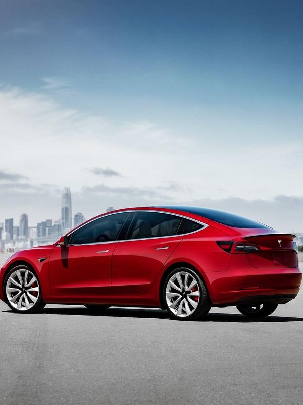 Tesla pone a la venta en España la versión Standard del Model 3