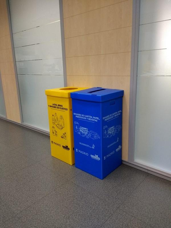 Éxito del reciclaje de envases ligeros y de papel/cartón en España