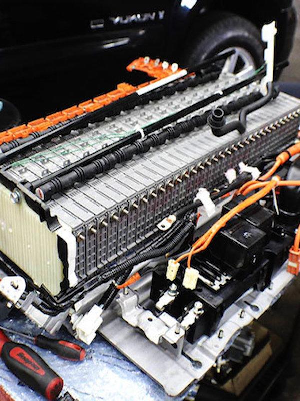 Eucobat es clave para el reciclaje de las baterías de coches eléctricos