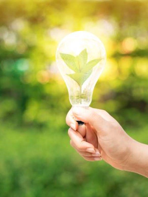 El BEI financia a Aena con 86 millones para mejorar la eficiencia energética en sus aeropuertos