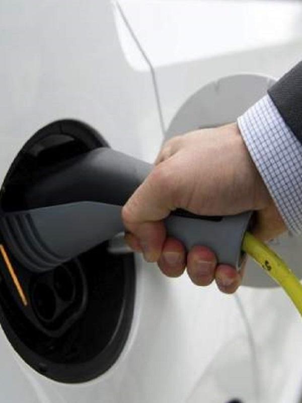 Madrid arranca las nuevas ayudas a la compra de vehículos eficientes y sostenibles
