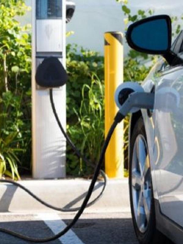 Uno de cada cuatro coches vendidos por Seat en 2025 deberá ser eléctrico para esquivar multas