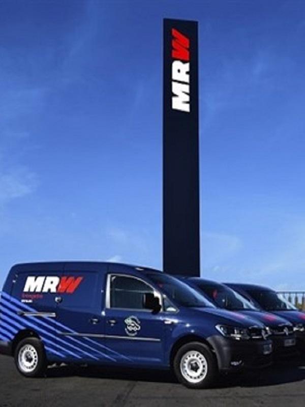MRW y Volkswagen formalizan una alianza para impulsar furgonetas propulsadas por gas natural comprimido