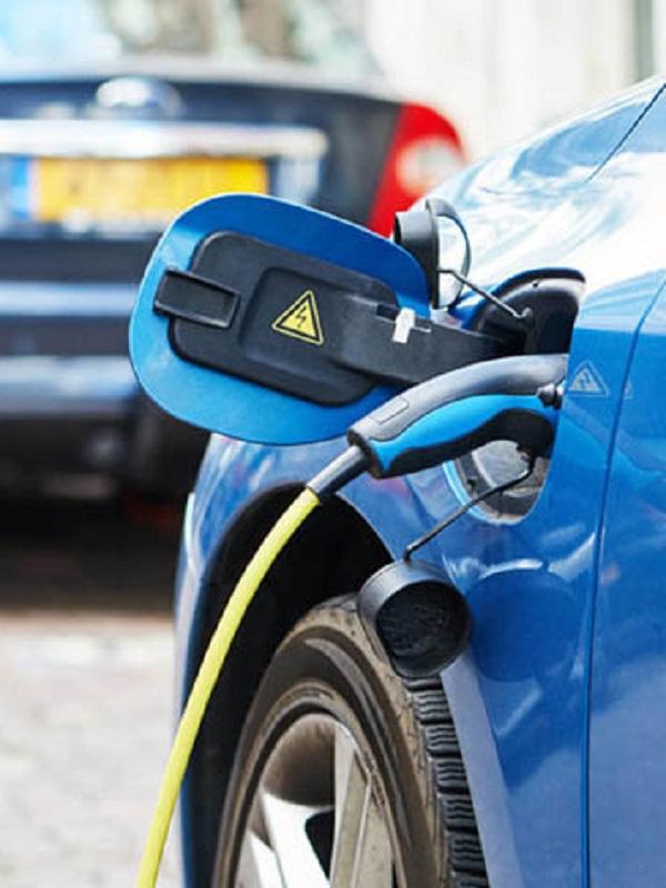 Las matriculaciones de automóviles eléctricos crecen un 70% en enero