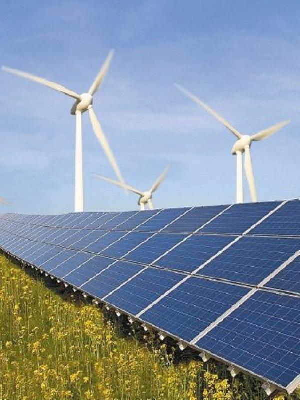 Los PGE deben ir acompañados de un plan detallado para implementar las energías renovables