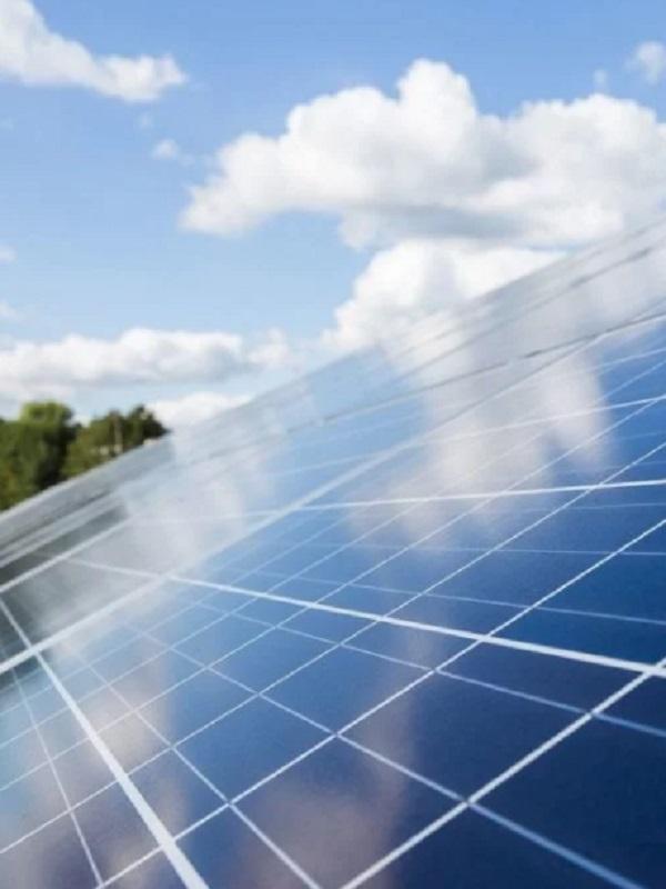 Endesa instalará una planta fotovoltaica de alto rendimiento en Daimiel (Ciudad Real)