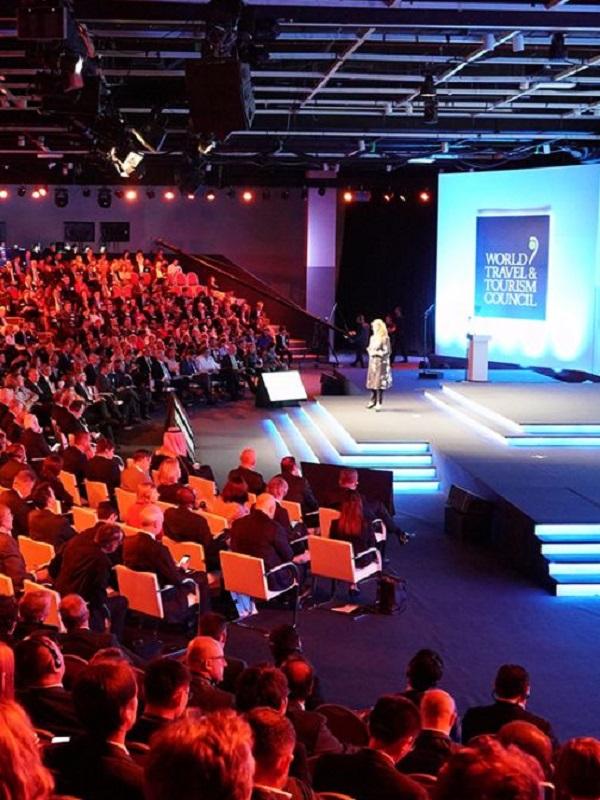 El Ayuntamiento de Sevilla establece criterios medioambientales y sociales para los proveedores de la cumbre WTTC