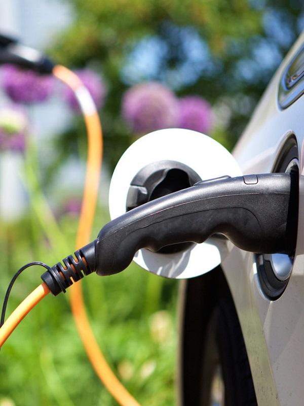 La posventa deberá adaptarse para compensar la menor mano de obra del coche eléctrico