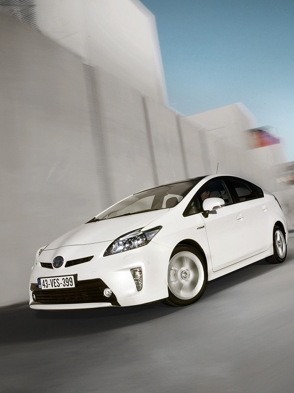 Toyota defiende la posibilidad de revisar la etiqueta ECO de los 'mild hybrid'