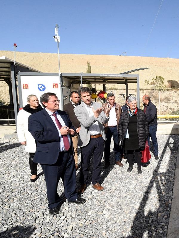 Diputación de Granada abre una planta de biogás que autoabastece la central de residuos de Alhendín