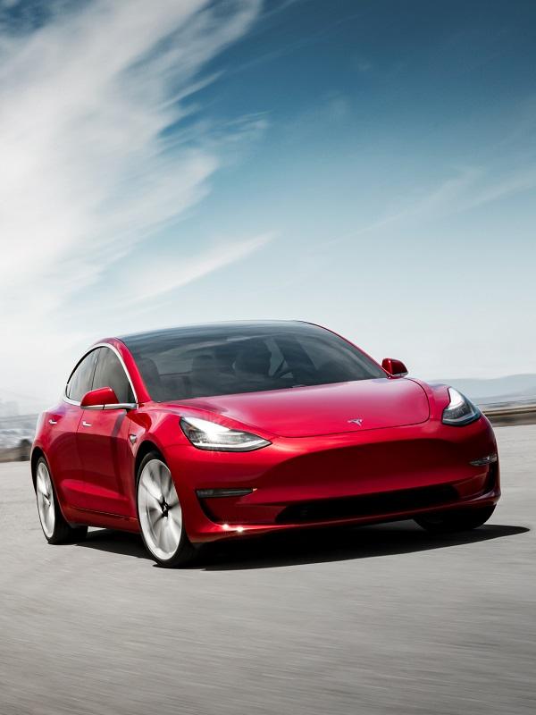 Tesla duplica sus ventas en 2018 gracias al Model 3