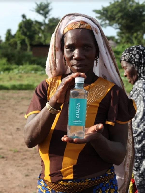 AUARA supera los 13,2 litros de agua potable generada en países en desarroll