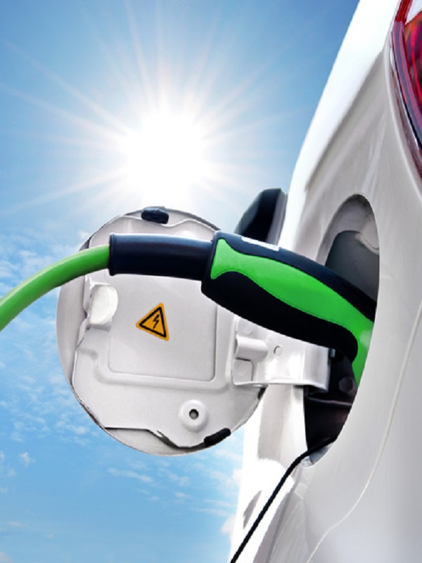 Industria asegura que España tendrá que tener fábrica de baterías si quiere producir coches eléctricos
