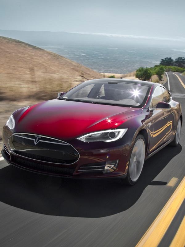 Tesla, demandada en EE.UU. por la muerte de un pasajero a causa de una batería