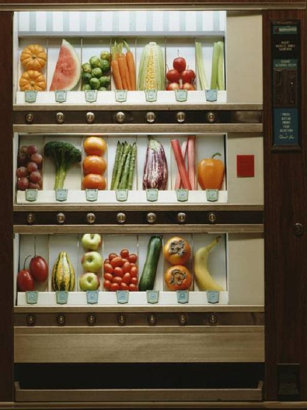 Sanidad crea la Comunitat Valenciana un distintivo de alimentación saludable para las máquinas expendedoras