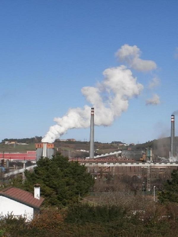 Asturias. Otro disparate más de contaminación ayer por la tarde con un incremento del 1.133% y otra noche horrorosa de contaminación en Gijón