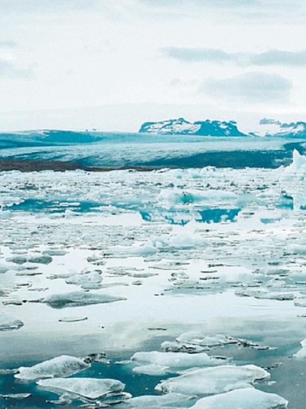 La capa de hielo de la Antártida se expone a un doble impacto climático