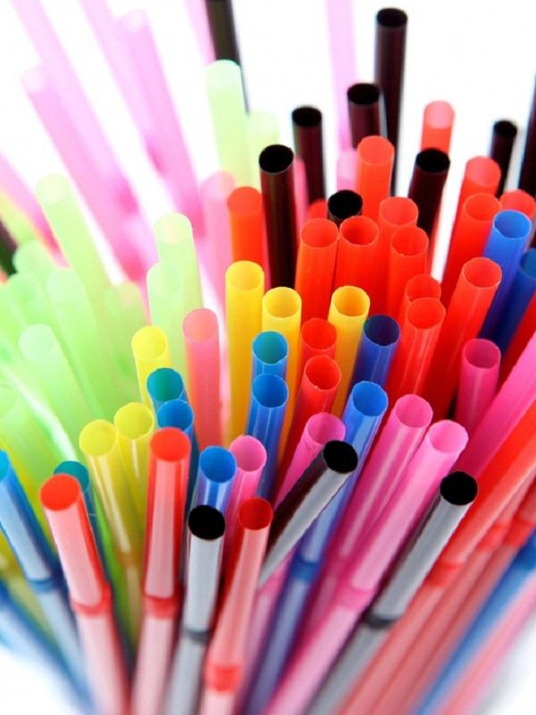 Nestlé eliminará todas las pajitas de plástico de sus productos
