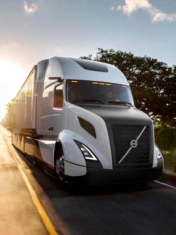 Los fabricantes europeos denuncian la ausencia de estaciones de recarga para camiones eléctricos