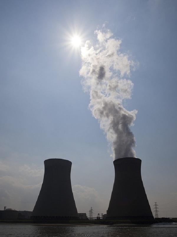 El sector eléctrico pide que el Plan de Energía y Clima defina mecanismos para alcanzar la descarbonización