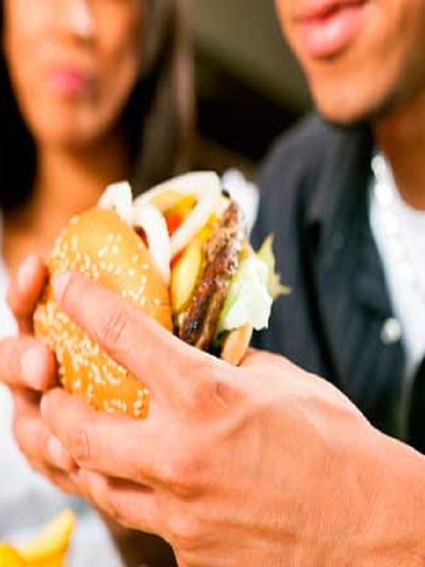 High liver diet increases the risk of listeriosis