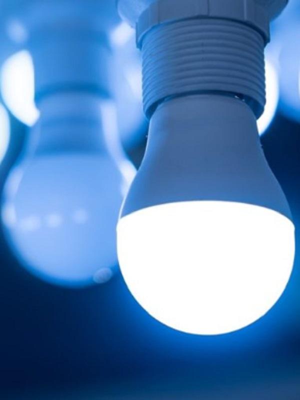 La iluminación artificial de interiores afecta a la producción de melatonina