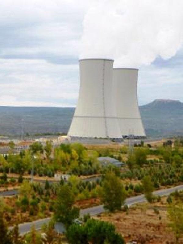 Gobierno y eléctricas plantean cierre escalonado de nucleares, pero nunca antes de 2025 ni más tarde de 2036