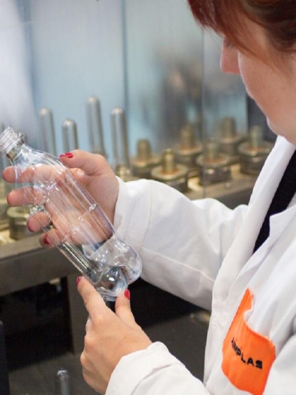 Envases del futuro: autocalefactables y antimicrobianos