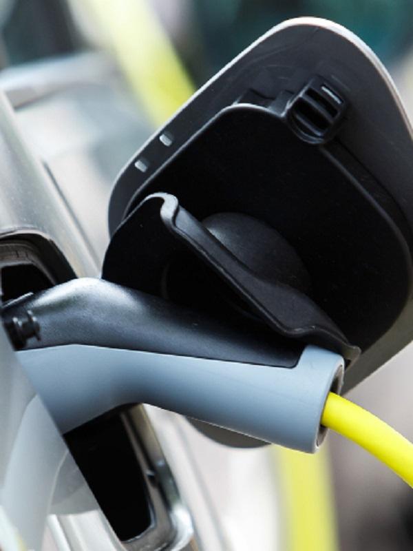 Ceuta convoca las ayudas al coche eléctrico del Moves