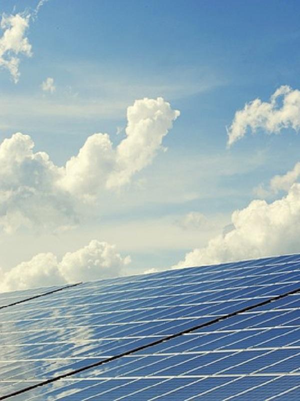 Cosentino proyecta una central para generar 20 megavatios de energía para autoconsumo de su parque industrial