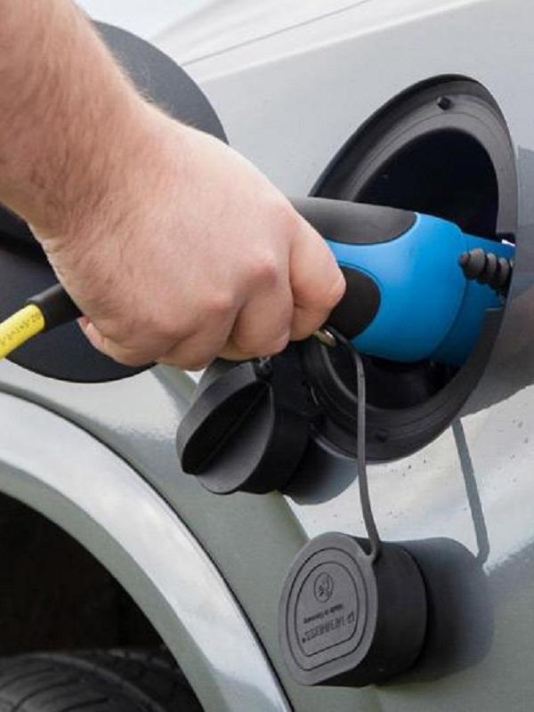 BMW y Jaguar Land Rover la 'gran alianza' para el coche eléctrico