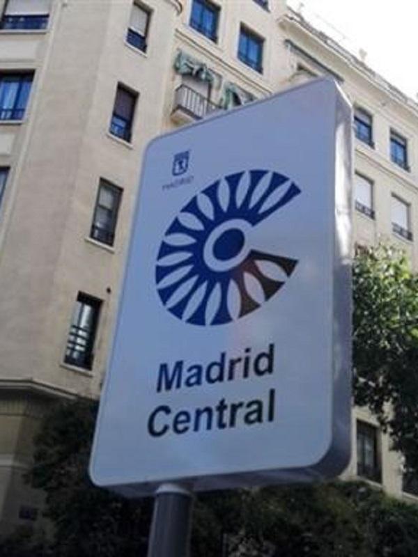 Siete de cada diez españoles, a favor de restringir el tráfico en el centro de las ciudades